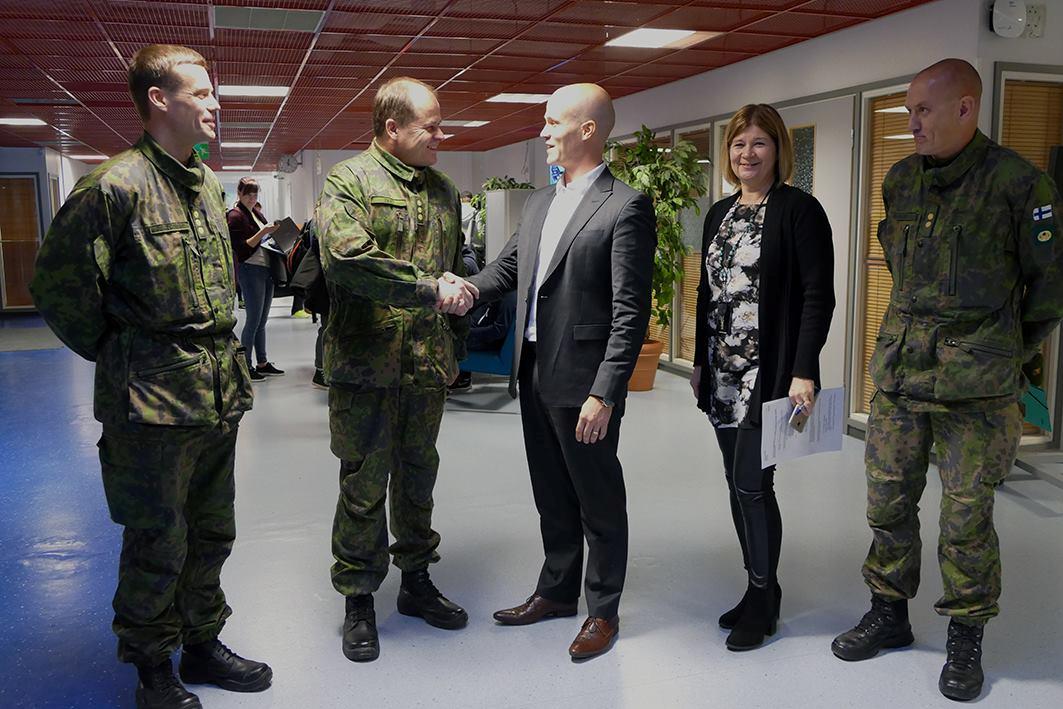 Kajaanin ammattikorkeakoulu ja Kainuun prikaati syventävät yhteistyötä - Uutiset - Kajaanin ...